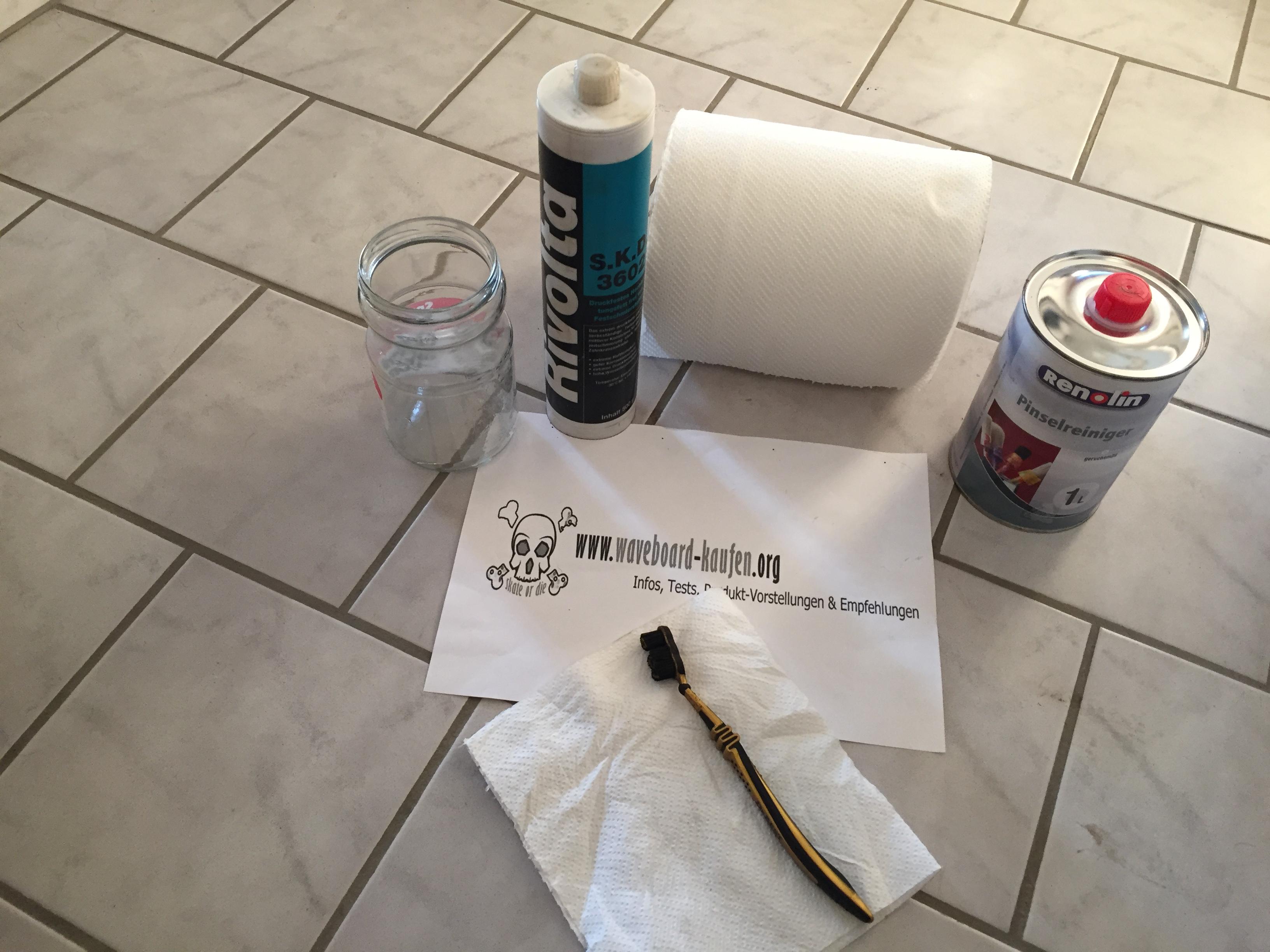 Das Material das zur Kugellagerreinigung  benötigt wird auf einen Blick - Putztücher, Zahnbürste oder weiche Drahtbürste, Pinselreiniger (Bremsreiniger Aceton etc.), ein leeres Glas und Kugellagerfett bzw. Hochleistungsfett